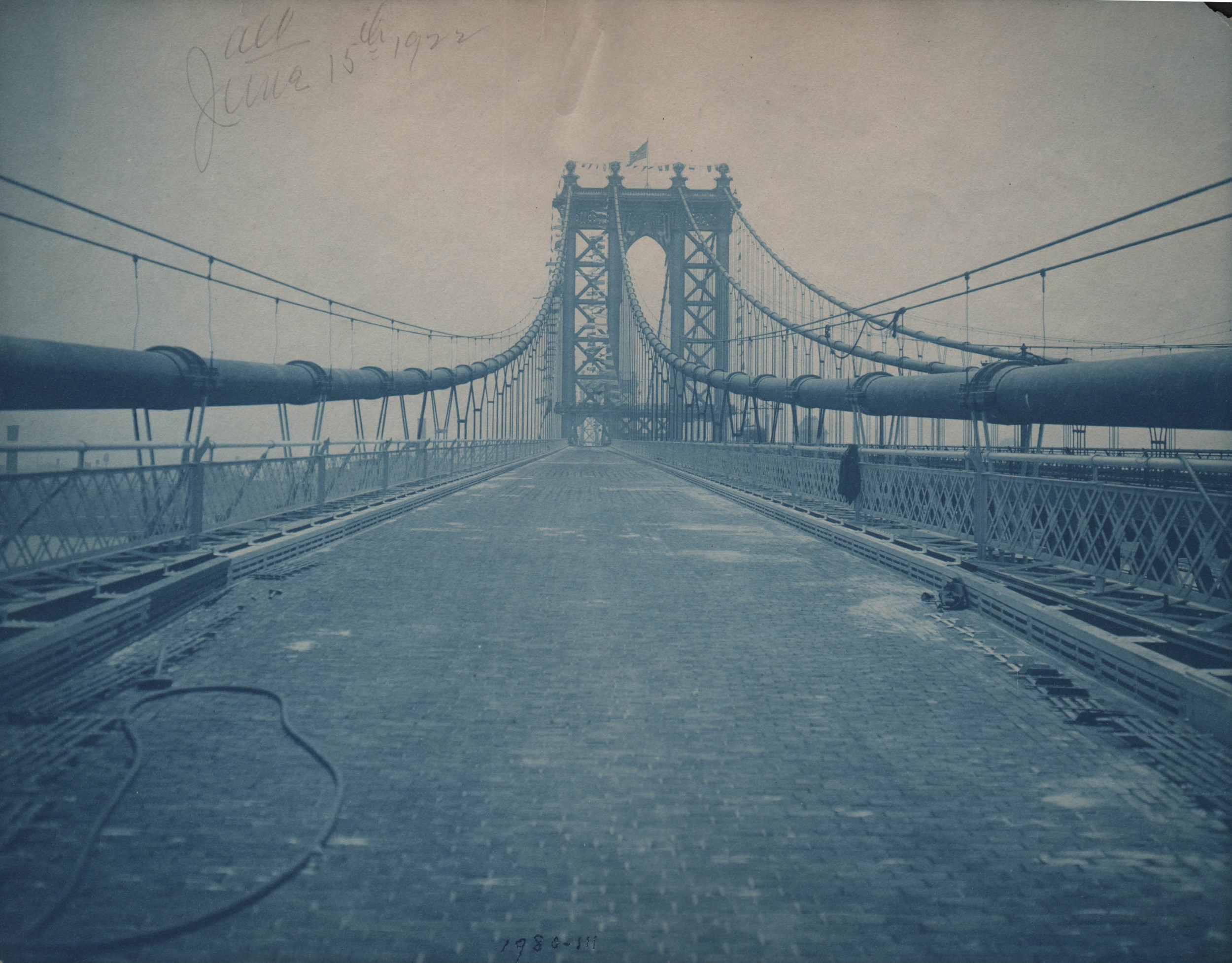 Manhattan Bridge � The tower from the Roadway 6/15/22